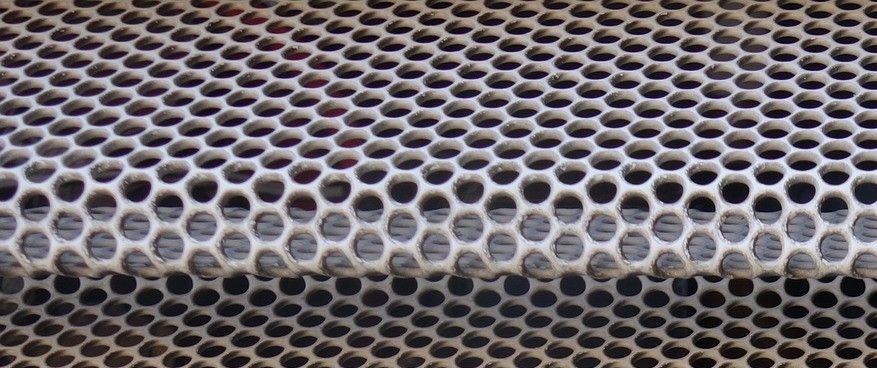 Precyzyjna obróbka stali według wytycznych klienta - wyginanie blachy