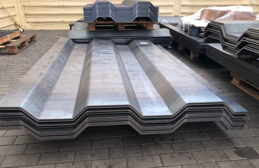 Elementy metalowe do budowy magazynu - Gięcie blach grubych, Gięcie Stali Nierdzewnej