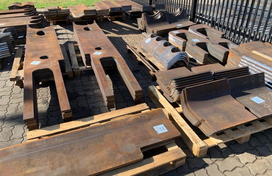 Stalowe elementy - gięcie grubych blach, gięcie stali